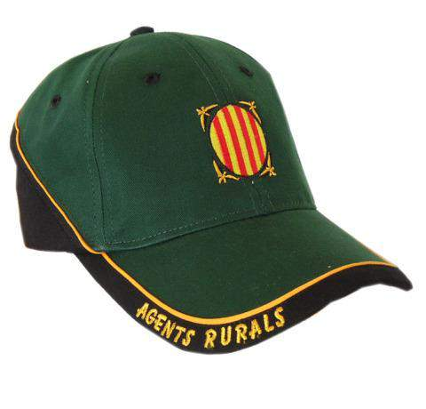 Gorra con bordado central y texto en relieve