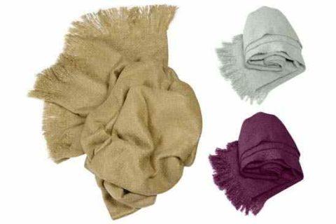 Manta mohair de colores camel, gris y morado